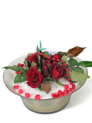 Elazığ çiçek gönderme  EN ÇOK Sevenlere 7 adet kirmizi gül mika yada cam tanzim