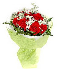 Elazığ kaliteli taze ve ucuz çiçekler  7 adet kirmizi gül buketi tanzimi