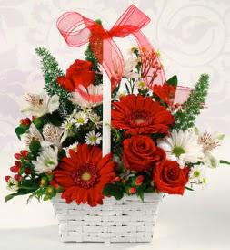 Karışık rengarenk mevsim çiçek sepeti  Elazığ çiçek yolla