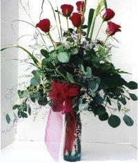 Elazığ çiçek yolla , çiçek gönder , çiçekçi   7 adet gül özel bir tanzim