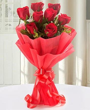 9 adet kırmızı gülden modern buket  Elazığ 14 şubat sevgililer günü çiçek