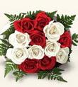 Elazığ kaliteli taze ve ucuz çiçekler  10 adet kirmizi beyaz güller - anneler günü için ideal seçimdir -