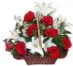sepette gül ve kazablankalar   Elazığ online çiçekçi , çiçek siparişi