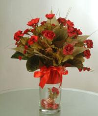 yapay güllerden vazo  9 gül  Elazığ ucuz çiçek gönder