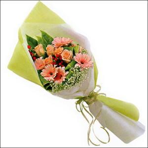 sade güllü buket demeti  Elazığ online çiçekçi , çiçek siparişi