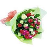 12 adet renkli gül buketi   Elazığ anneler günü çiçek yolla