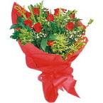 10 adet kirmizi gül buketi  Elazığ hediye sevgilime hediye çiçek