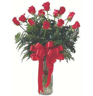 12 adet gül cam içerisinde  Elazığ çiçek , çiçekçi , çiçekçilik