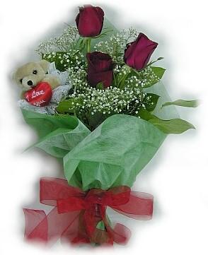 3 adet gül ve küçük ayicik buketi  Elazığ çiçek satışı