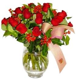 Elazığ online çiçekçi , çiçek siparişi  11 adet kirmizi gül  cam aranjman halinde