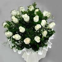 Elazığ yurtiçi ve yurtdışı çiçek siparişi  11 adet beyaz gül buketi ve bembeyaz amnbalaj