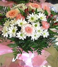 Elazığ yurtiçi ve yurtdışı çiçek siparişi  karma büyük ve gösterisli mevsim demeti