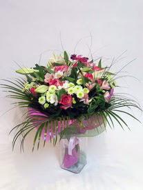 Elazığ yurtiçi ve yurtdışı çiçek siparişi  karisik mevsim buketi mevsime göre hazirlanir.