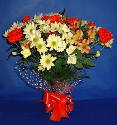 Elazığ yurtiçi ve yurtdışı çiçek siparişi  kir çiçekleri buketi mevsim demeti halinde