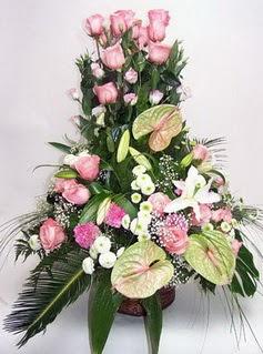 Elazığ güvenli kaliteli hızlı çiçek  özel üstü süper aranjman
