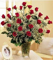 Elazığ kaliteli taze ve ucuz çiçekler  özel günler için 12 adet kirmizi gül