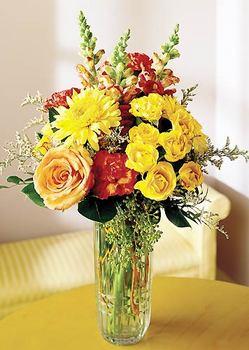 Elazığ hediye çiçek yolla  mika yada cam içerisinde karisik mevsim çiçekleri