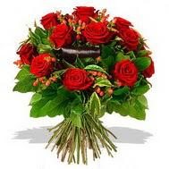 9 adet kirmizi gül ve kir çiçekleri  Elazığ İnternetten çiçek siparişi