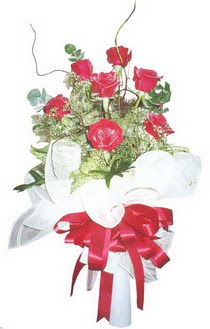 Elazığ çiçek yolla , çiçek gönder , çiçekçi   7 adet kirmizi gül buketi