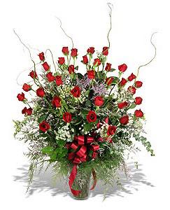 Elazığ çiçek yolla , çiçek gönder , çiçekçi   33 adet kirmizi gül vazo içerisinde