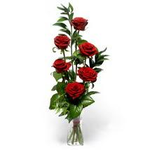 Elazığ çiçek yolla , çiçek gönder , çiçekçi   cam yada mika vazo içerisinde 6 adet kirmizi gül