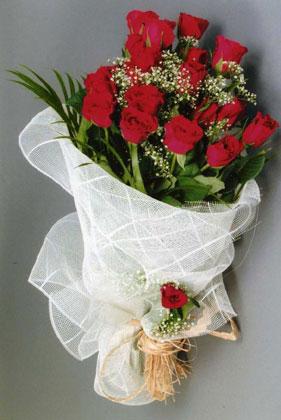 10 adet kirmizi güllerden buket çiçegi  Elazığ cicek , cicekci