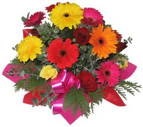 Karisik mevsim çiçeklerinden buket  Elazığ çiçek siparişi sitesi