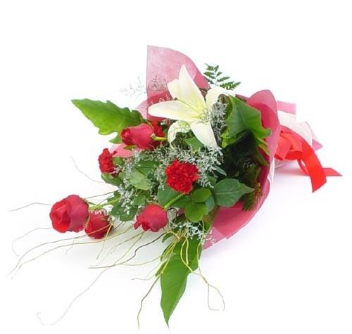 Mevsim çiçeklerinden karisik buket  Elazığ çiçek satışı