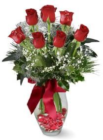 7 adet vazoda gül  Elazığ İnternetten çiçek siparişi  kirmizi gül
