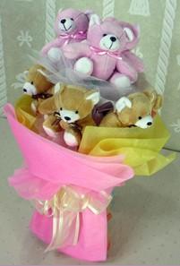 8 adet ayiciktan buket  Elazığ çiçek satışı