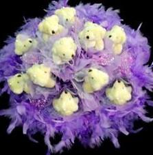 11 adet pelus ayicik buketi  Elazığ kaliteli taze ve ucuz çiçekler