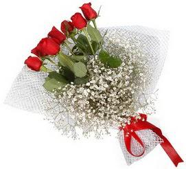 7 adet essiz kalitede kirmizi gül buketi  Elazığ çiçek siparişi sitesi