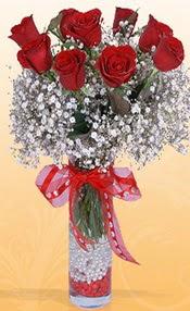 9 adet kirmizi gül cam yada mika vazoda  Elazığ internetten çiçek siparişi