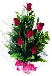 Elazığ online çiçek gönderme sipariş  5 adet kirmizi gül buketi hediye ürünü
