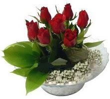 Elazığ İnternetten çiçek siparişi  cam yada mika içerisinde 5 adet kirmizi gül