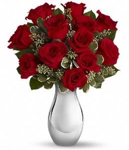Elazığ çiçek gönderme   vazo içerisinde 11 adet kırmızı gül tanzimi
