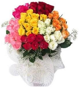 Elazığ çiçek servisi , çiçekçi adresleri  51 adet farklı renklerde gül buketi
