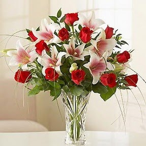 Elazığ internetten çiçek siparişi  12 adet kırmızı gül 1 dal kazablanka çiçeği