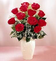 Elazığ online çiçekçi , çiçek siparişi  9 adet vazoda özel tanzim kirmizi gül