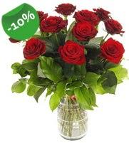 11 adet vazo içerisinde kırmızı gül  Elazığ çiçekçi telefonları