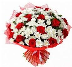 11 adet kırmızı gül ve 1 demet krizantem  Elazığ internetten çiçek siparişi