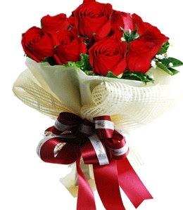 9 adet kırmızı gülden buket tanzimi  Elazığ anneler günü çiçek yolla