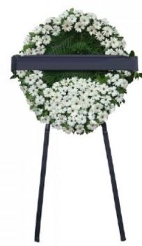Cenaze çiçek modeli  Elazığ hediye çiçek yolla