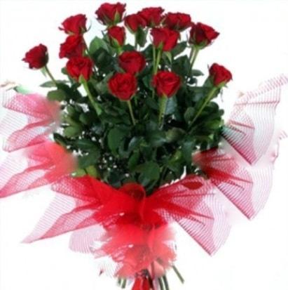 15 adet kırmızı gül buketi  Elazığ çiçek satışı