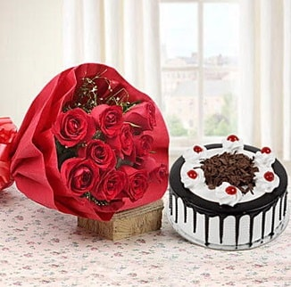 12 adet kırmızı gül 4 kişilik yaş pasta  Elazığ kaliteli taze ve ucuz çiçekler