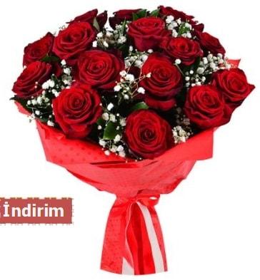 12 Adet kırmızı aşk gülleri  Elazığ çiçek mağazası , çiçekçi adresleri