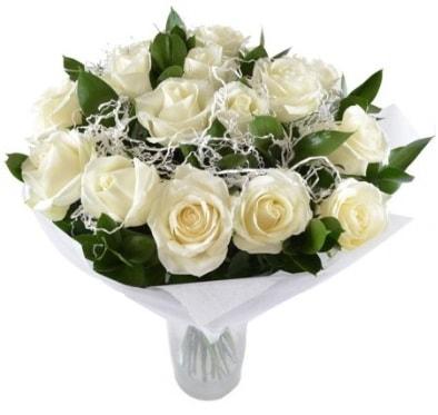 15 beyaz gül buketi sade aşk  Elazığ çiçek mağazası , çiçekçi adresleri